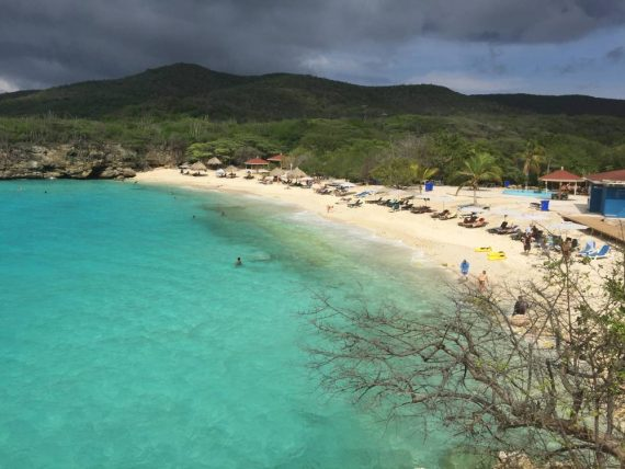 Take the Scenic Route on a Curaçao Island Tour!